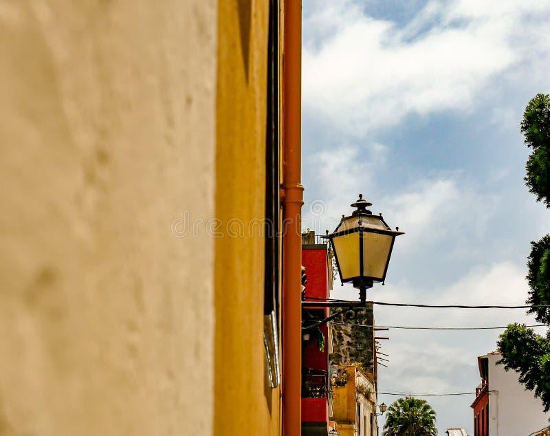 Typowy uliczny oświetlenie w Tenerife zdjęcie stock