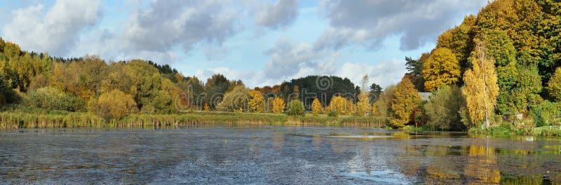 Typowy wiejski Litewski stan jesieni krajobraz obrazy royalty free