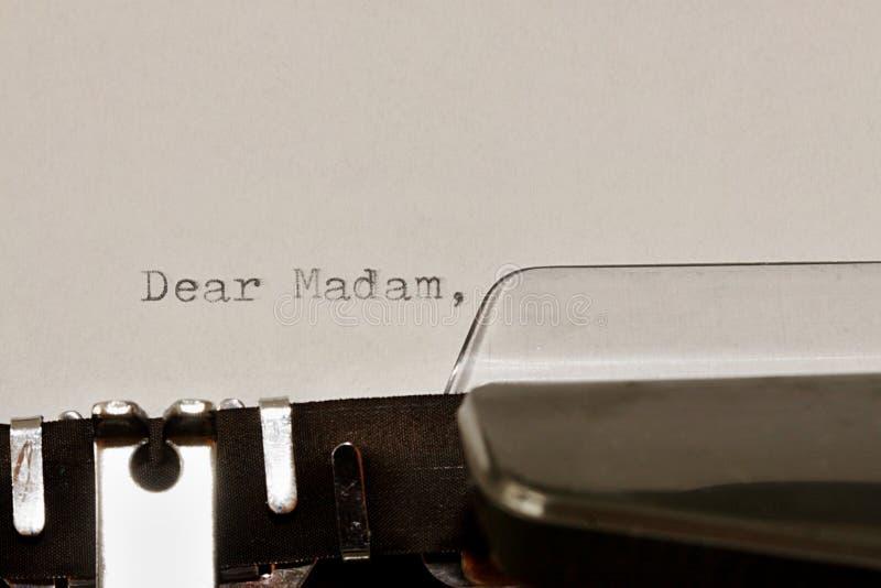 Typte tekst Beste mevrouw op oude schrijfmachine stock fotografie