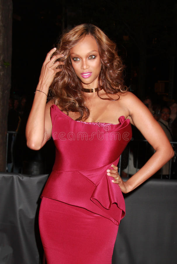 Download Tyra Banks editorial image. Image of manhattan, arrival - 24499490