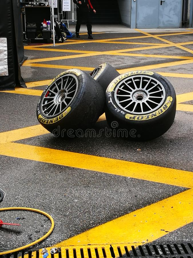 tyres στοκ εικόνες