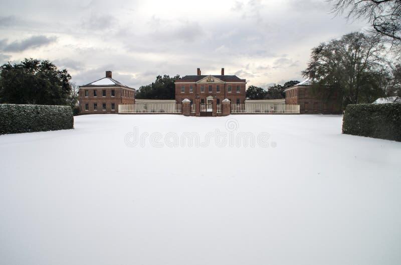 Tyron Palace nella neve immagini stock