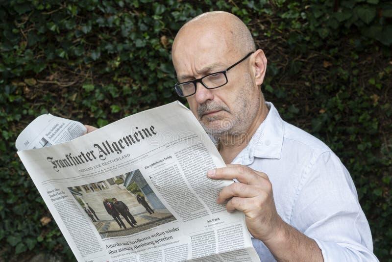 Tysk tidning för Frankfurter Allgemeine royaltyfria foton