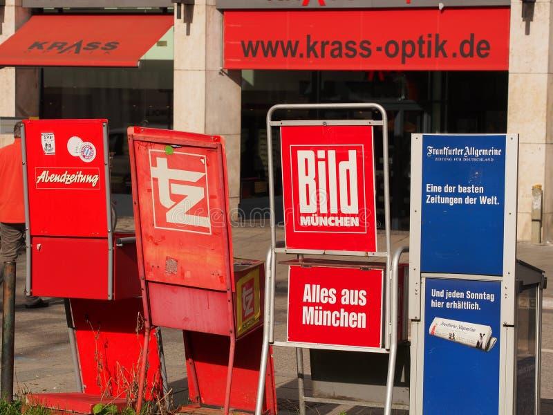 Tyska tidningar arkivfoton