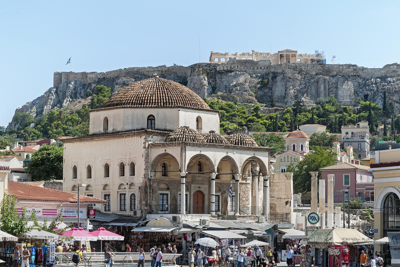 Tzistarakismoskee in Monastiraki-Vierkant in Athene, Griekenland stock afbeeldingen