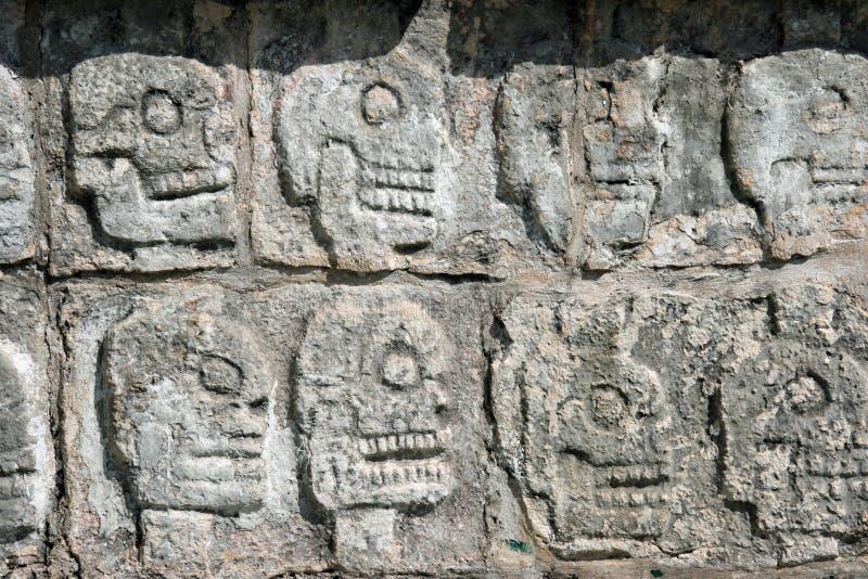 Tzompantli.Chichen Itza imágenes de archivo libres de regalías
