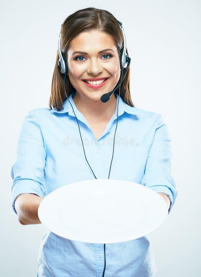 Uśmiecha się kobieta pracownika helpline, centrum telefoniczne operatora chwyt biały emp zdjęcia royalty free