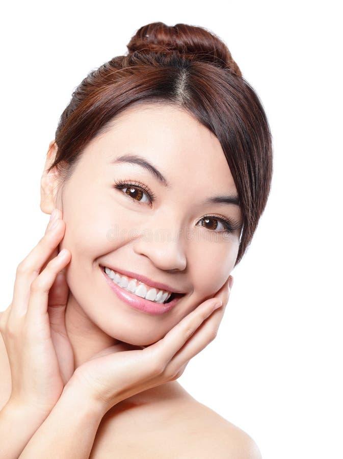 Uśmiech twarz kobieta z zdrowie zębami fotografia royalty free