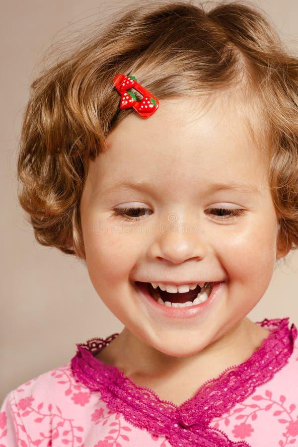 uśmiechnięci dziewczyn potomstwa obrazy stock