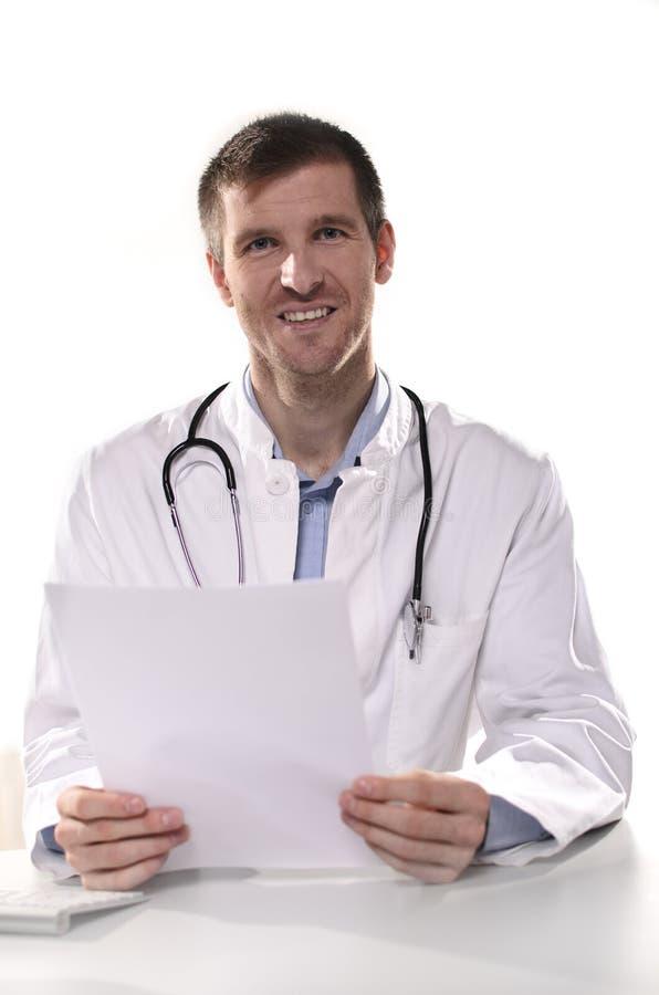 Uśmiechnięta lekarka fotografia royalty free