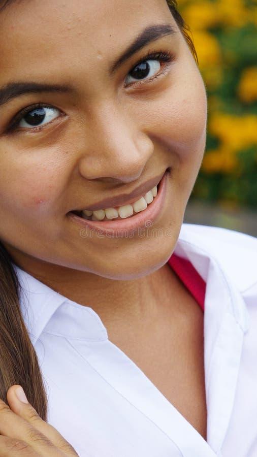 Uśmiechnięta twarz dziewczyna obrazy stock