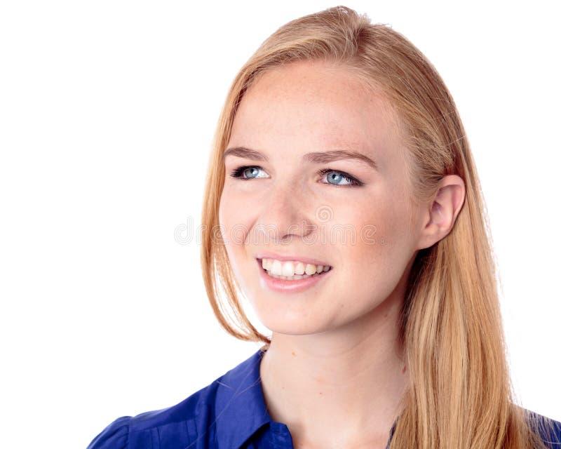 Uśmiechnięta zadumana młoda kobieta obraz royalty free
