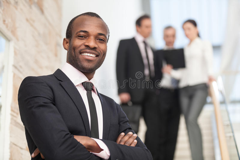 Uśmiechnięty biznesmen obraz royalty free