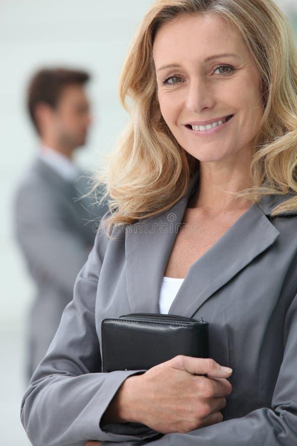 Uśmiechnięty bizneswoman obraz royalty free