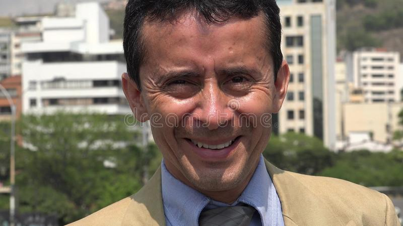 Uśmiechnięty Latynoski Biznesowy mężczyzna obraz stock
