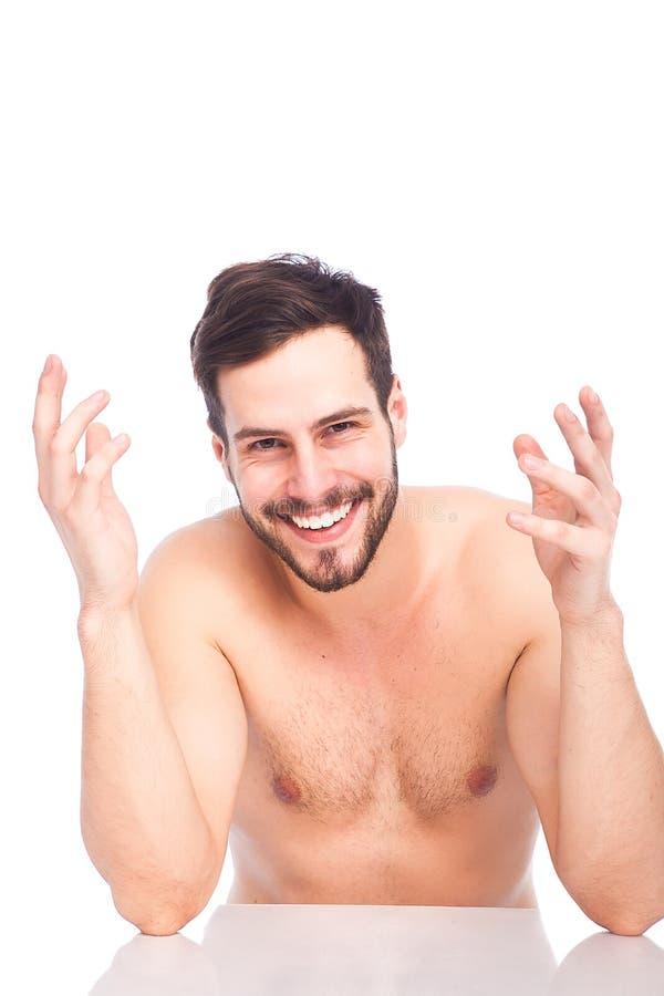 Uśmiechnięty mężczyzna bez koszula zdjęcia royalty free