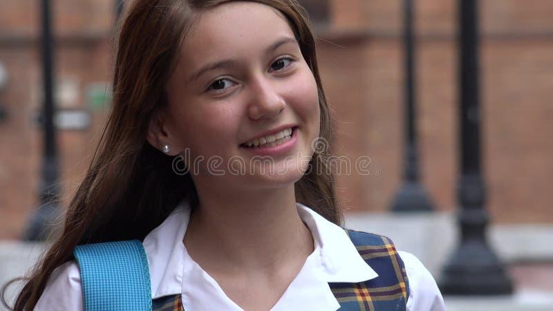 Uśmiechnięty Nastoletni dziewczyna uczeń obraz royalty free