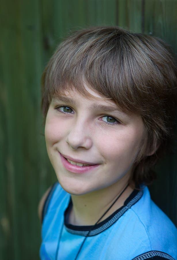 uśmiechnięty portreta nastolatek zdjęcia stock