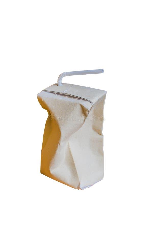 Używać Brown mleka karton jest miie odosobnionego na bielu zdjęcie stock