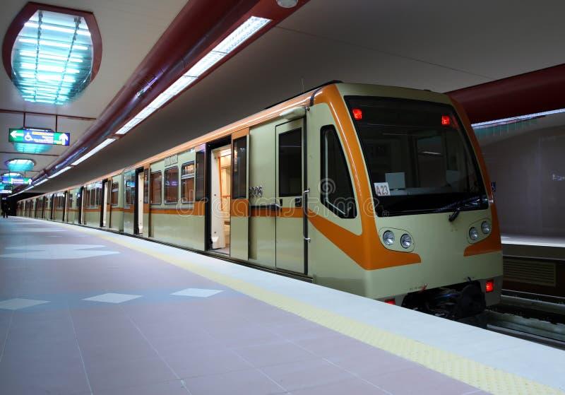 U-Bahnstation lizenzfreie stockbilder