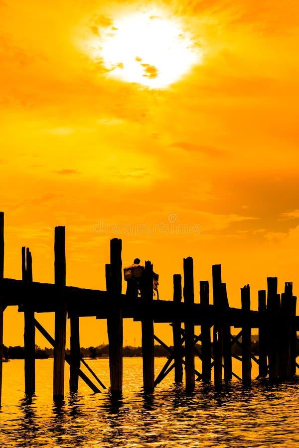 U bein brug in myanmar stock fotografie