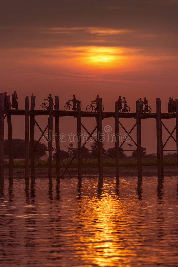 U Bein most Mandalay, Myanmar - zdjęcia royalty free