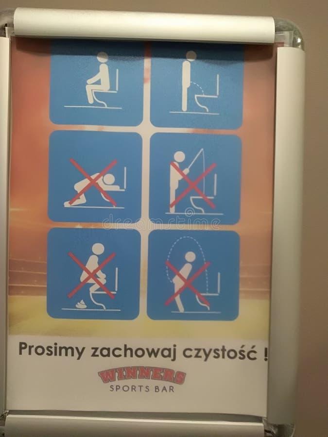 U can& x27; t doet dit in toilet royalty-vrije stock foto's
