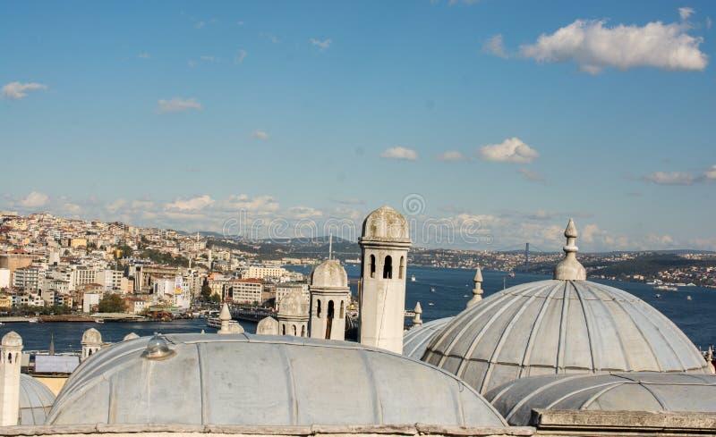 ?u?ere Ansicht der Haube in der Osmanearchitektur lizenzfreie stockfotografie