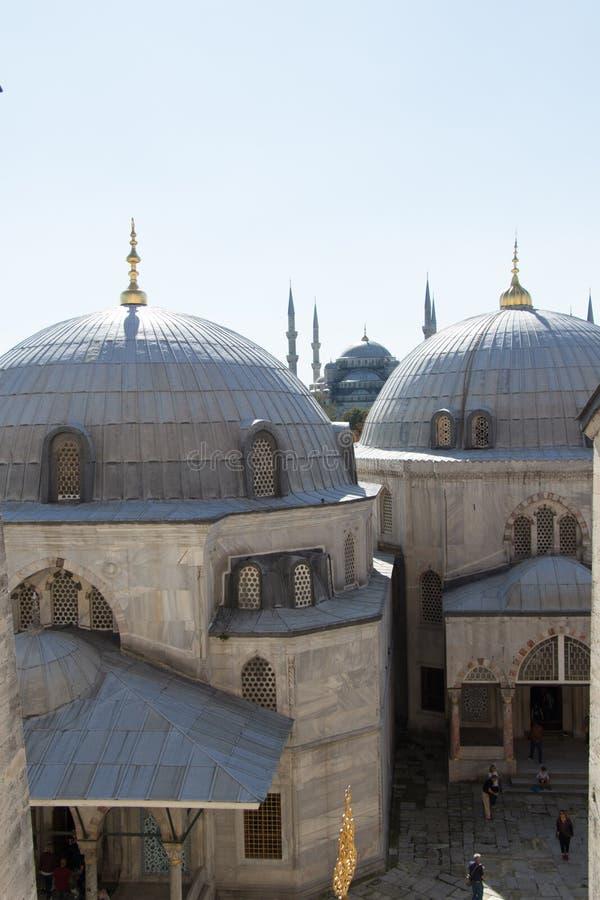?u?ere Ansicht der Haube in der Osmanearchitektur stockfotos