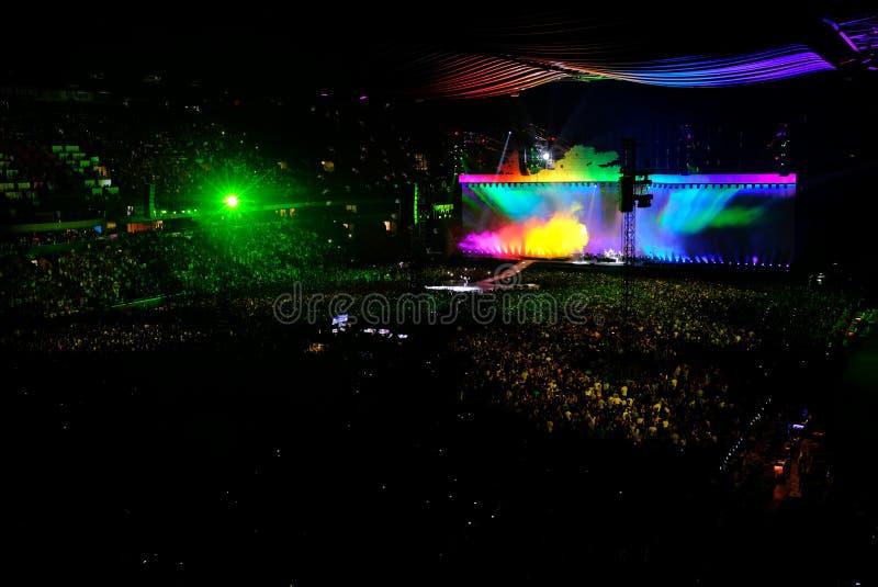 U2 koncert w Amsterdam arenie w Lipu 2017 fotografia royalty free
