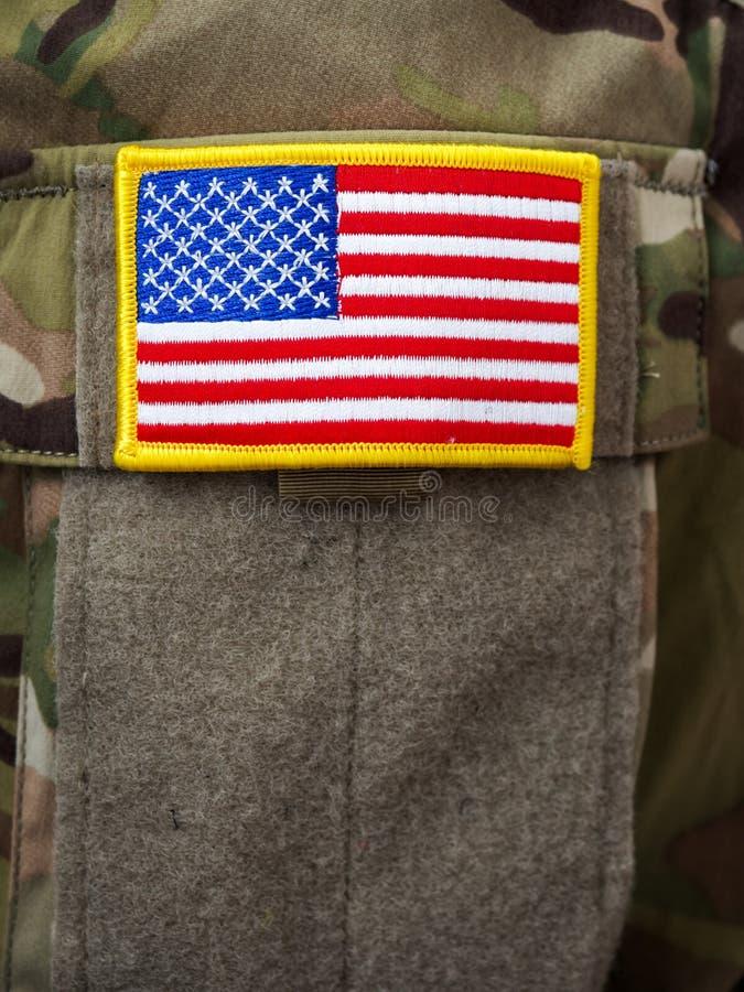 U S заплата велкро флага на форме армии стоковые изображения