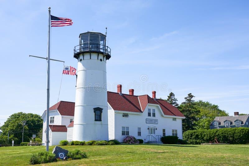 U S 马萨诸塞州查塔姆的海岸警卫站和灯塔 库存图片