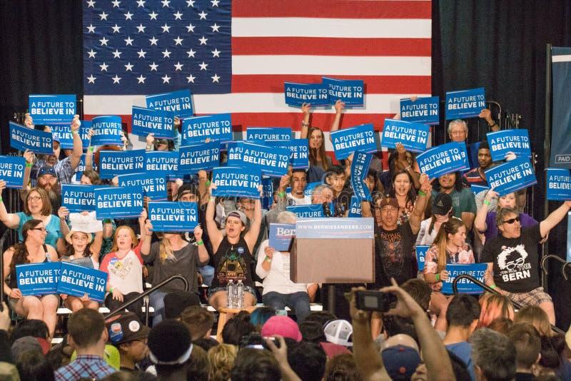 U S Candidat à la présidence Bernie Sanders Rally images stock