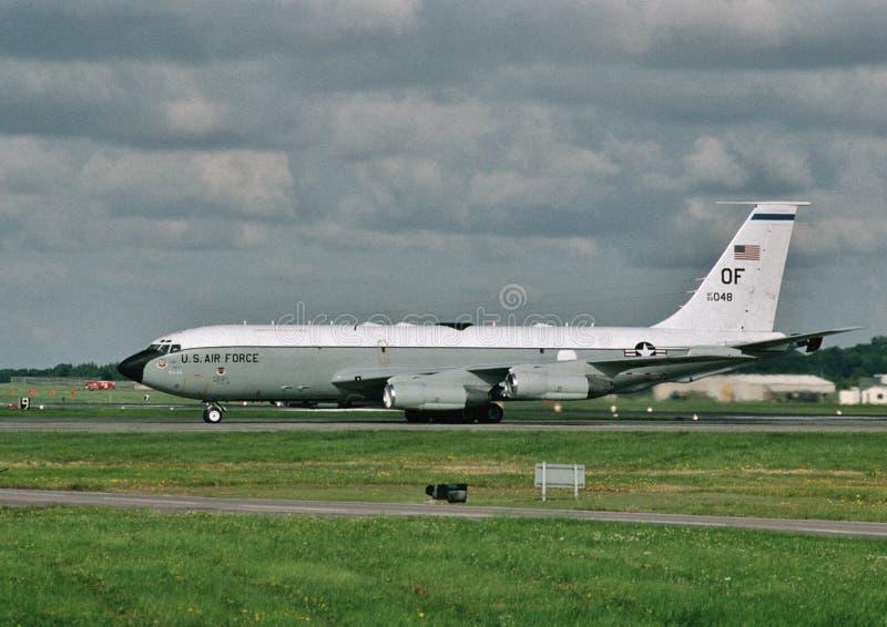 U.S.A.F. Boeing EC-135C 63-8048 que taxam em Offutt AFB, Nebraska fotos de stock royalty free