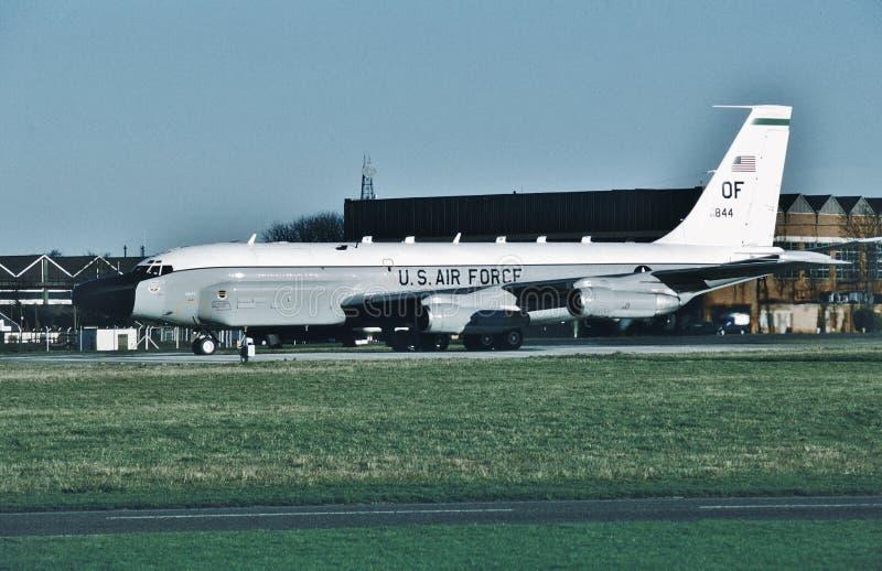 U.S.A.F. Boeing RC-135V 64-14844 en annan gjord beskickningbrunn royaltyfri bild