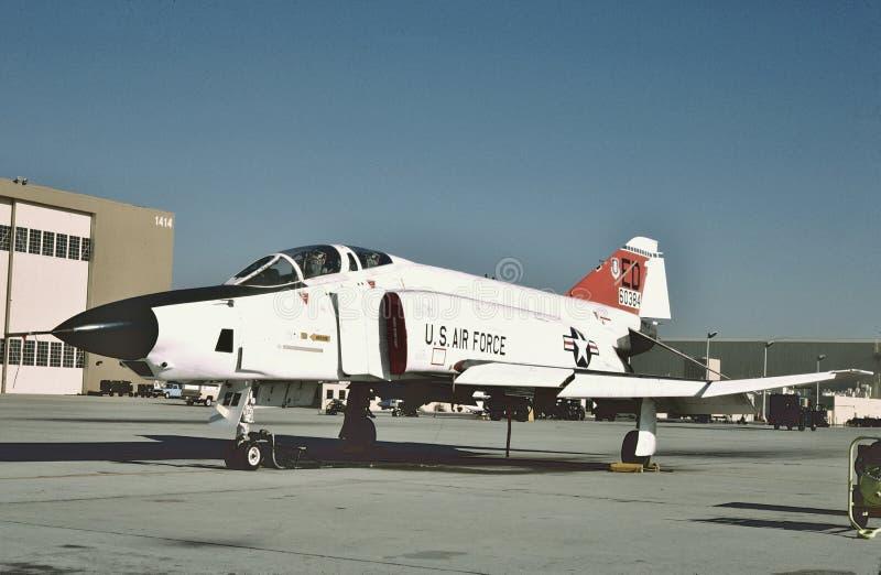 U.S.A.F. McDonnell RF-4C på skärm på Edwards AFB, Kalifornien i 1989 arkivbild