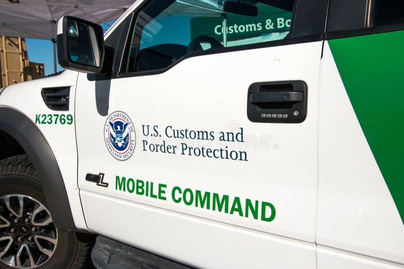 U S Gewohnheiten und Grenzschutz-Fahrzeug lizenzfreie stockfotografie