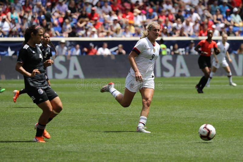 U S Joueur du milieu de terrain national d'équipe de football des femmes Lindsey Horan #9 dans l'action pendant le jeu amical con images libres de droits