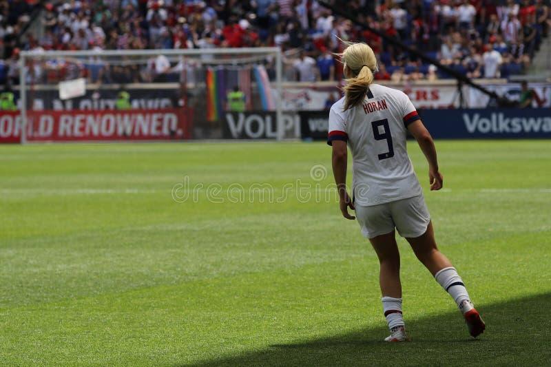 U S Joueur du milieu de terrain national d'équipe de football des femmes Lindsey Horan #9 dans l'action pendant le jeu amical con image libre de droits
