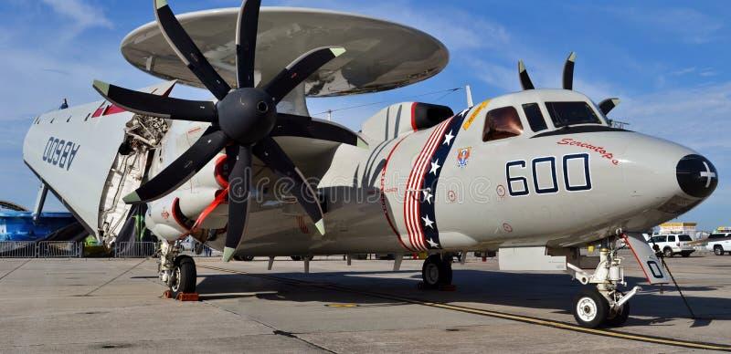 U S Marine e-2 Hawkeye-Vliegtuig royalty-vrije stock foto
