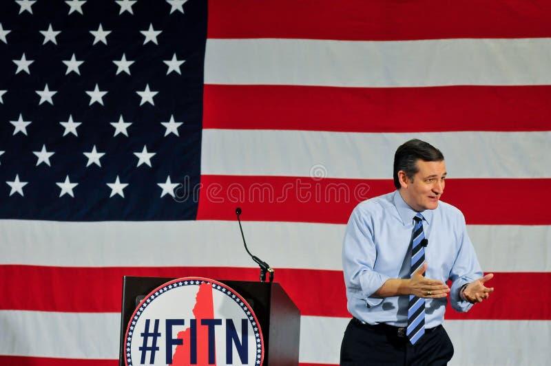 U S Senatorn Ted Cruz, republikan av Texas, talar i Nashua, New Hampshire, USA, på April 18, 2015 arkivbild