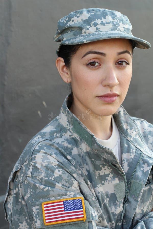 U S Soldado del ejército, sargento Aislado cerca encima de mostrar la tensión, PTSD o tristeza imagen de archivo