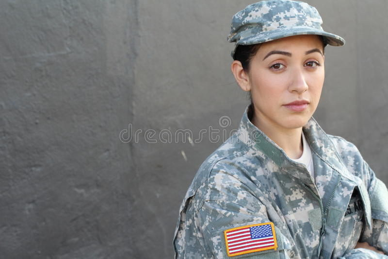 U S Soldado del ejército, sargento Aislado cerca encima de mostrar la tensión, PTSD o tristeza fotografía de archivo libre de regalías