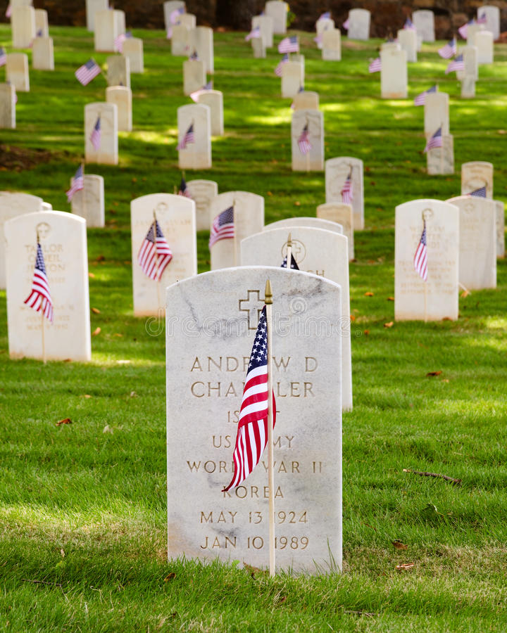 Download U.S. war veterans cemetery editorial photography. Image of history - 25272917