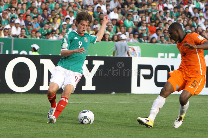 Download U17 MEX-NED editorial photo. Image of player, tournament - 20038076