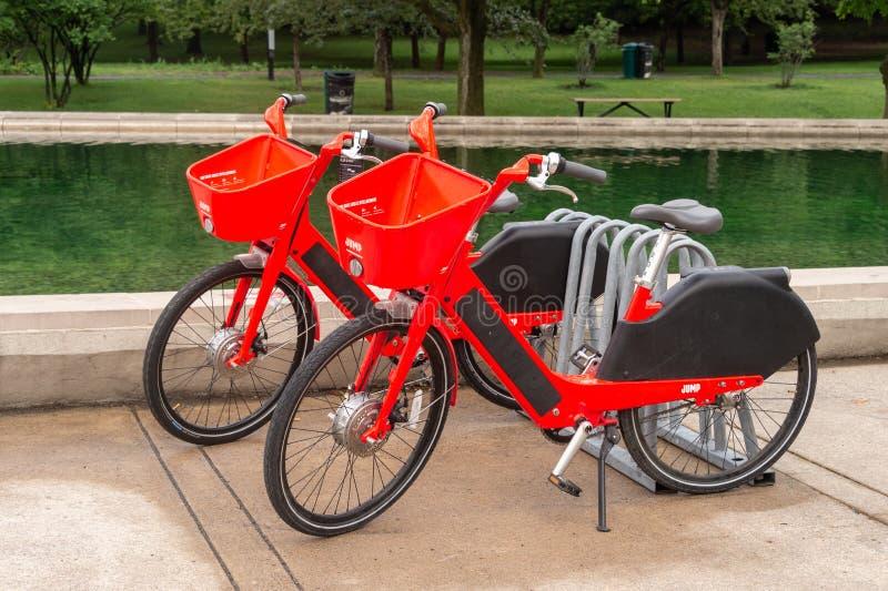 Uber salta las bicis eléctricas imagen de archivo
