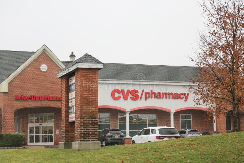 Ubicación de la venta al por menor de la farmacia de CVS CVS es la cadena más grande de la farmacia de los E.E.U.U. VI fotografía de archivo
