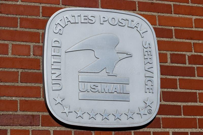Ubicaci?n de la oficina de correos de USPS USPS es responsable de proporcionar el reparto del correo II fotos de archivo