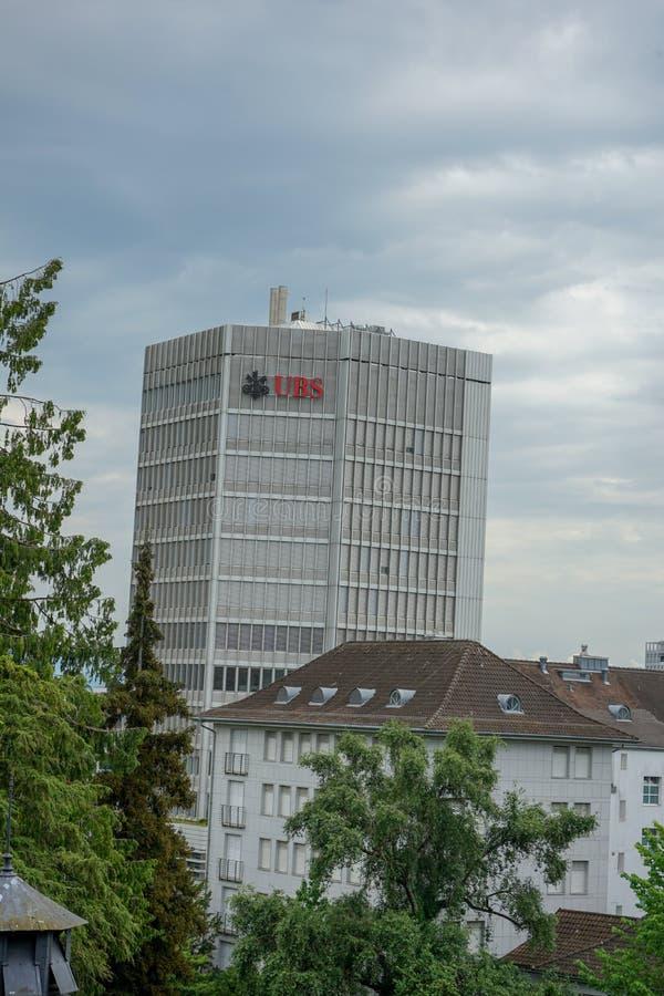 UBS-Gebäude mit Logo und stürmischen Wolken, Zürich, die Schweiz, 17 06 2018 stockfotografie