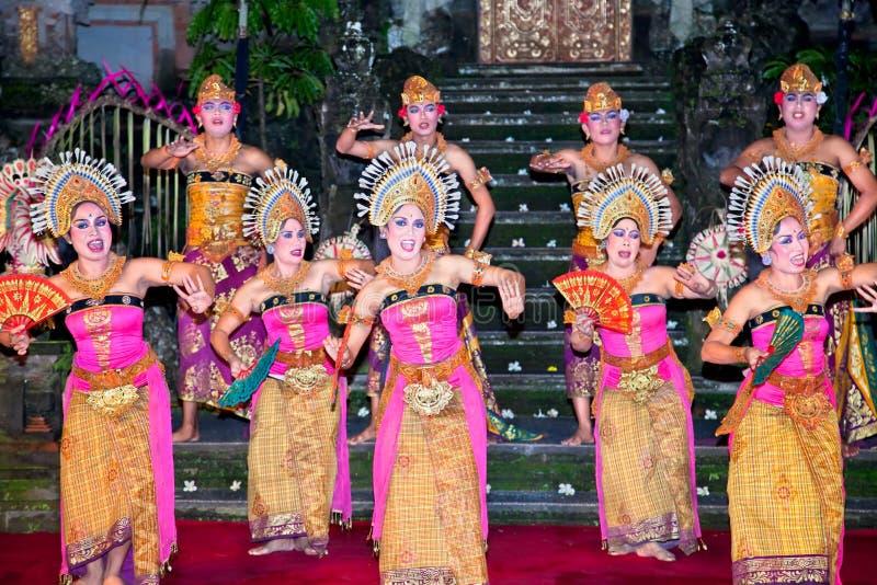 ubud för bali dansindonesia janger arkivbild